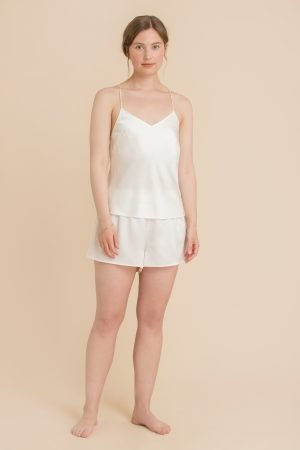 Shorts sett i silke i farge offwhite